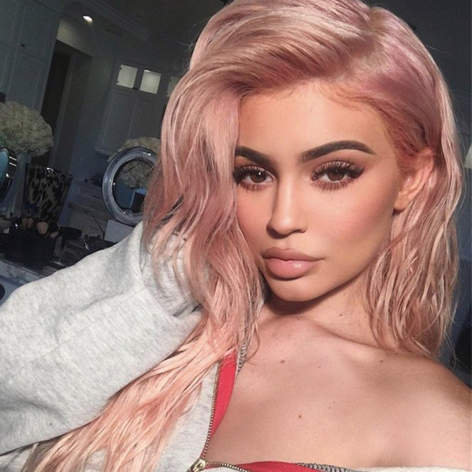 tips-dyeing-your-hair-rose-gold-blonde